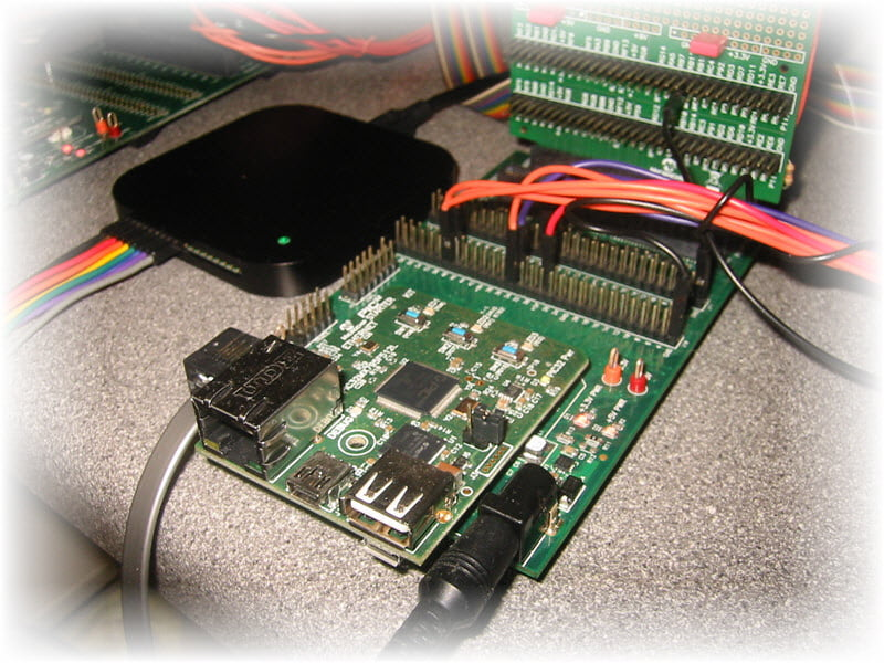 Saleae Logic Analyzer & PIC32 Ethernet Development Board